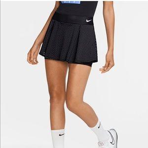 Navy Nike Tennis Skirt / SZ 0 / NWT